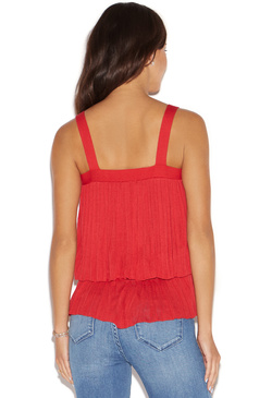 PLEATED LAYERS TOP