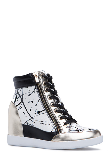 Material Faux Leather Color Black Outside Wedge Height 5 Platform 1 Fit True To Size Closure Adjule Front Laces Functional Outer