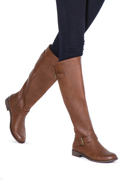 LETOYA FLAT EVERYDAY BOOT