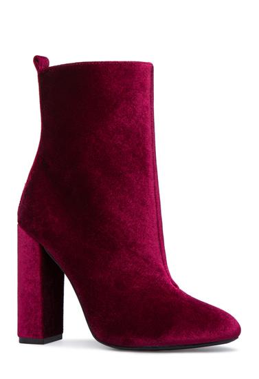 2b46c85f315c Color  BORDEAUX  Outside Heel Height  4.25