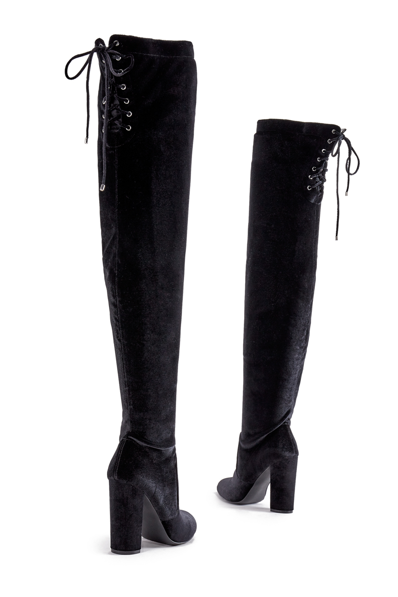 066bb9986392 Color  BLACK  Sizing  Shaft height   calf circumference increases or  decreases by 0.5