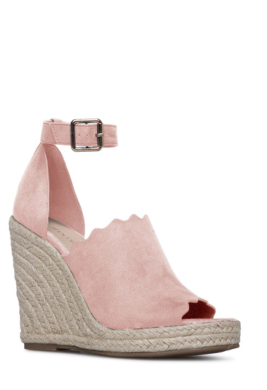 a35015f9ca Material: FAUX-SUEDE; Fit: TRUE TO SIZE; Platform Height: 0.75