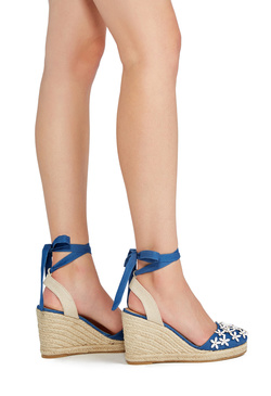 ARTESSA WEDGE