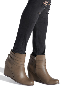EVATHIA WEDGE BOOTIE