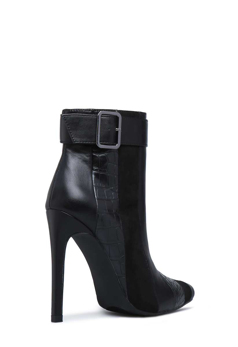 ecff75adce3 TORI POINTED TOE BOOTIE