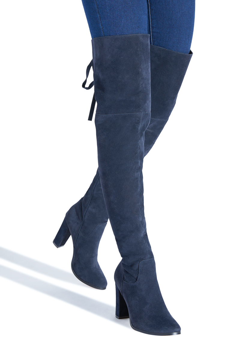 5542b9f7827 Material  Faux-Suede  Calf Circumference  Reg  16.5