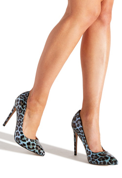 PRETTY MESS POINTED TOE PUMP