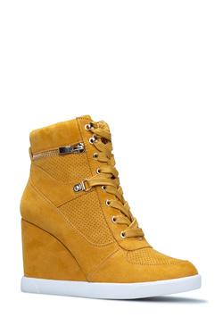 959969e4de2 Women's Sneakers - 75% Off Your First Item | ShoeDazzle