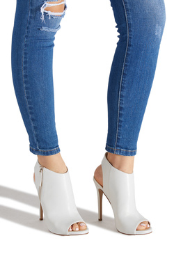 531aa09b615 Women's Wide Width Shoes - 75% Off Your First Item | ShoeDazzle